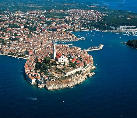 Charter Istrien ? Kvarner: Ein Bummel durch die Stadt Rovinj lohnt sich