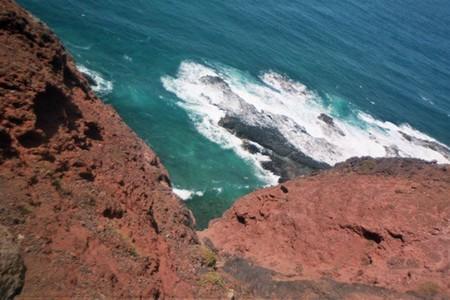 Charter Kapverden: Klippen vor der Insel Santo Antao