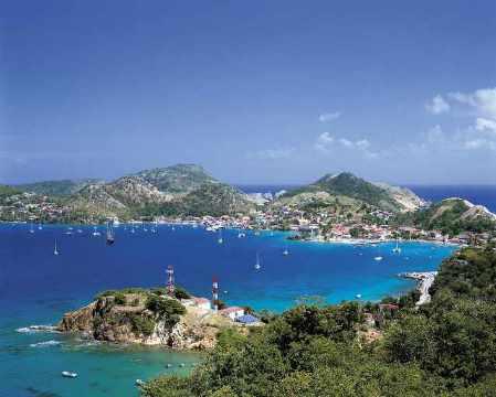 Bootscharter Kleine Antillen: Auf gleich 4 Länder verteilen sich die Inseln der Kleinen Antillen