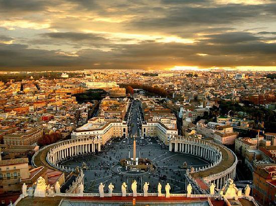 Charter Rom – Neapel: Die Hauptstadt Italiens gehört zu den faszinierendsten Städten der Welt