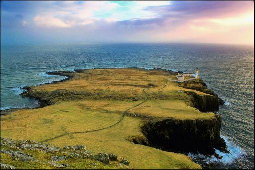 Yachtcharter Schottland: Fantastischer Ausblick von Neist Point auf der Isle of Skye