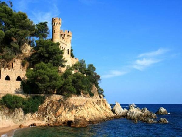 Yachtcharter Spanische Küste: An der Spanischen Küste findet man noch viel Ursprünglichkeit