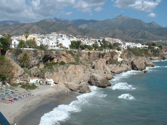 Bootscharter Spanische Küste: Die Costa del Sol trägt ihren Namen völlig zu Recht