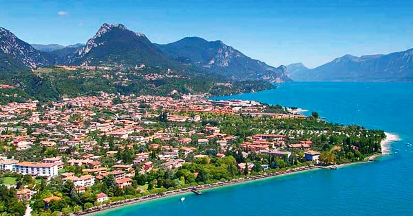 Yachtcharter Gardasee: Der Gardasee – Postkartenmotivwürdige Panoramen