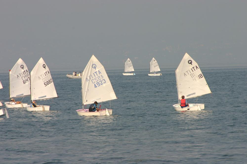 Bootscharter Gardasee: Der Gardasee ist ein Mekka des Segelsports