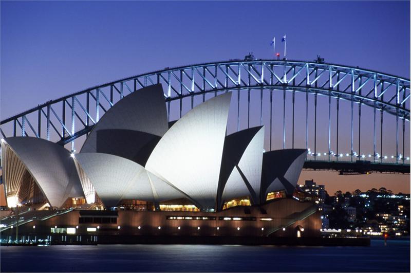 Bootscharter Sydney: Blick auf das ber�hmte Sydney Opera House ? das Wahrzeichen Sydneys