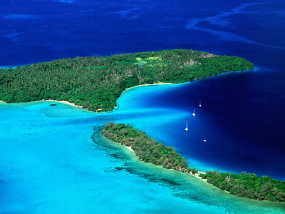 Charter Tonga: Blick auf die Inselgruppe Vava